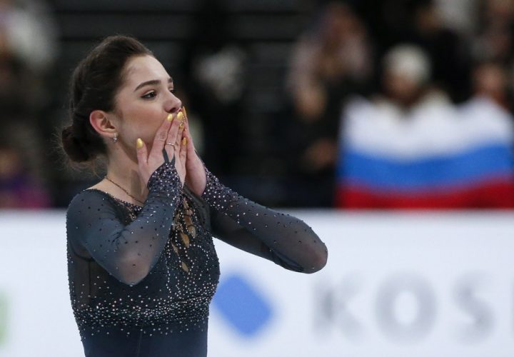 Фигуристка Медведева завоевала золото и установила новый мировой рекорд на ЧМ