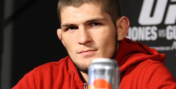 Нурмагомедов беспокоится о том, что победа Майвезера над Макгрегором нанесет вред MMA