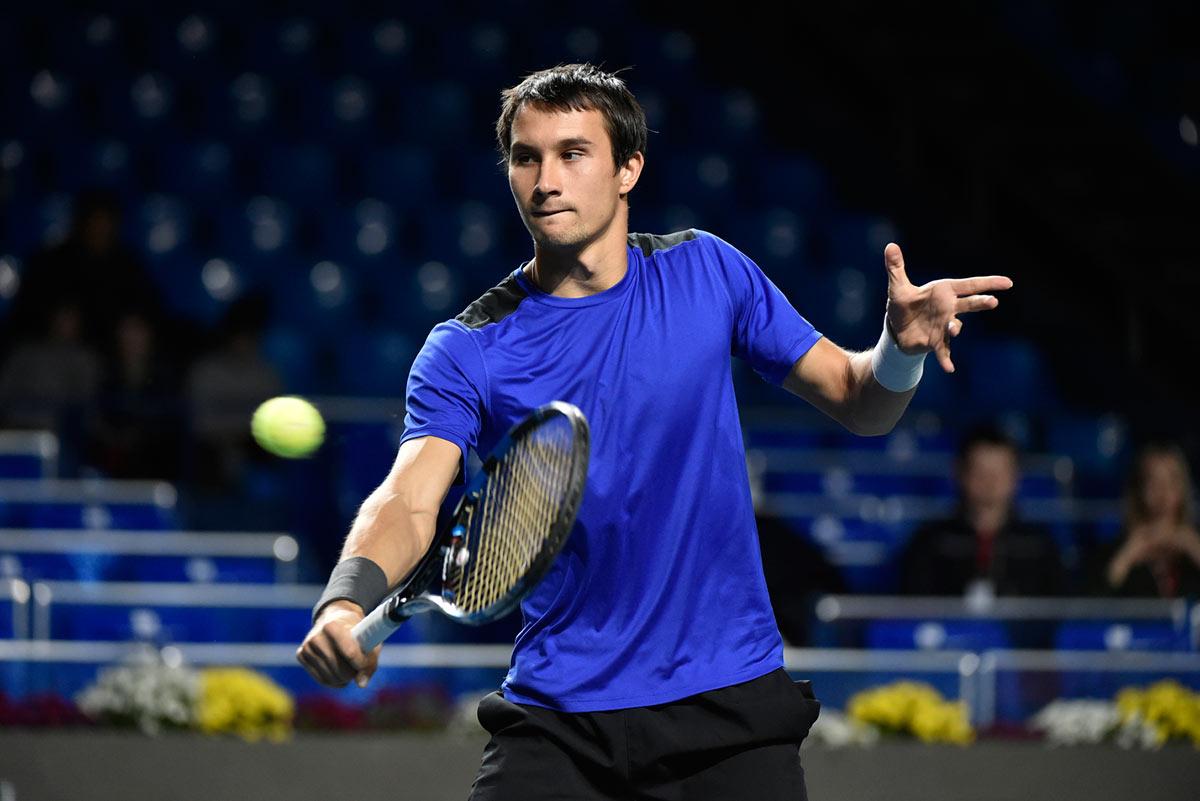 Троицки обыграл Донского на «Ролан Гаррос», выиграв третий сет 0:6