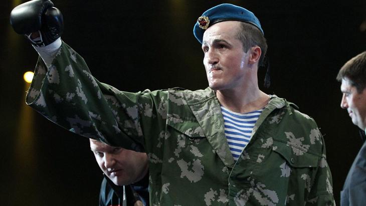 Денис Лебедев одержал победу над Марком Флэнаганом (видео)