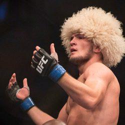 Российский боец UFC в легком весеХабиб Нурмагомедов сказал, что против Мэйвезера мог бы выйти даже Роналду