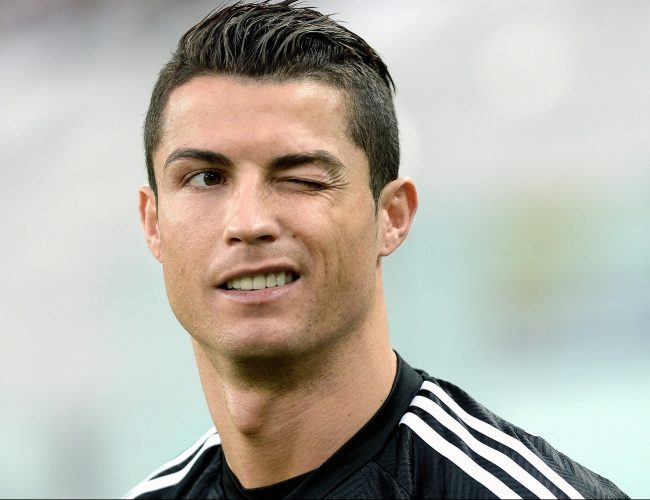 Криштиану Роналду получает большие деньги за посты в Инстаграме