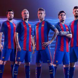 Футбольный клуб «Барселона» представил новую форму
