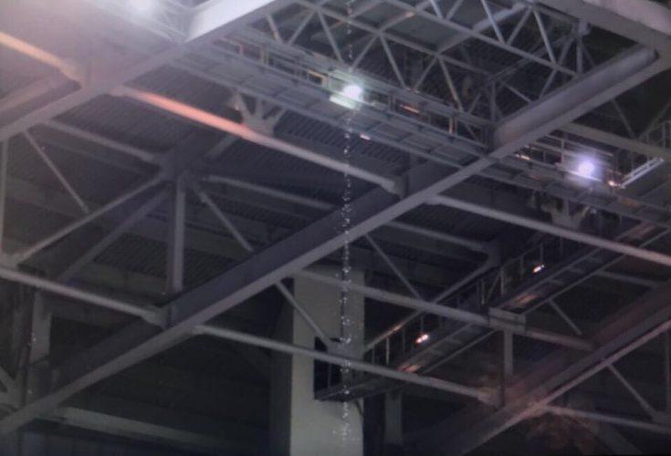 Во время матча «Зенит» - «Рубин» протекла крыша стадиона «Санкт-Петербург»